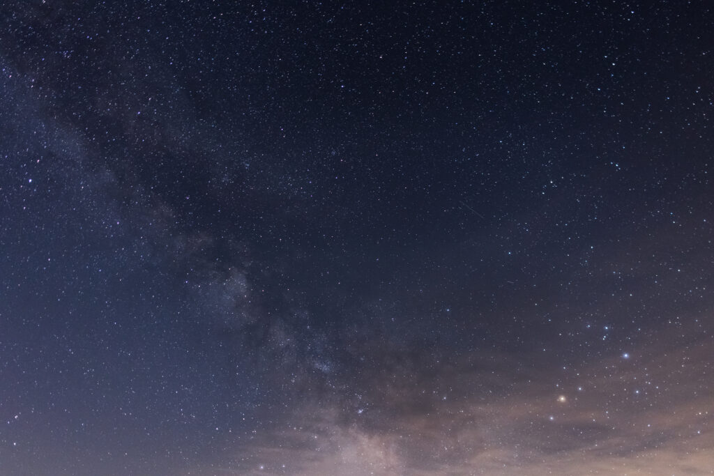 Glowing Stars and the Milky Way